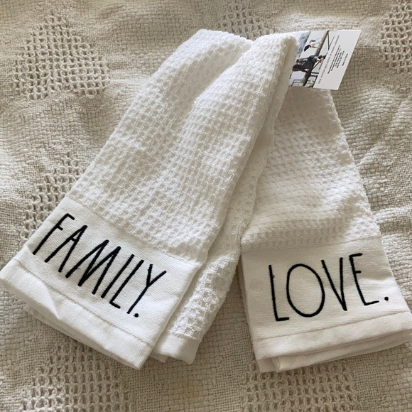 Rae Dunn Dish Towel Set